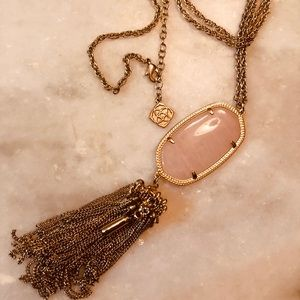 Kendra Scott Rayne Necklace with Pink Quartz stone